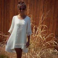 Gypsy Road Cream Crinkle Shift Dress