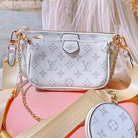 Louis Vuitton LV Hot sale new classic printed ladies three-piece diagonal bag