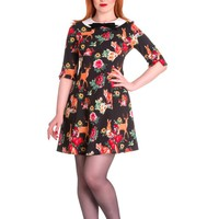 This fit and flare 60's inspired Hermeline Mini dress is three quarter length sleeves with slit detailing, textured fabrication, contrast with white color Peter Pan collar neckline with removable black velvet pin decor. Featuring foxes, squirrels, rabbits,