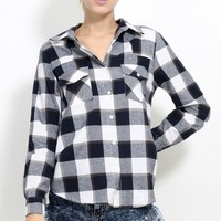 Button Up Checkered Flannel | MakeMeChic.com