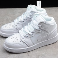 HCXX 19Aug 393 Air Jordan 1 Mid 554724-104 Skateboard Shoes Breathable Casual Sneakers