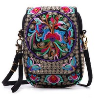 Boho Bags Women Canvas Shoulder Bag Thailand Hmong Embroidered Handbags Chinese Style Vintage Women's Travel Bag Floral Print