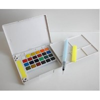 Sakura Assorted Koi Water Colors Pocket Field Sketch Box, 24