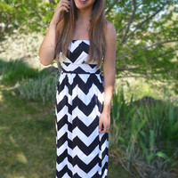 Once Upon a Dream Maxi Dress - Black