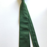 Solid Green Woven Silk Tie