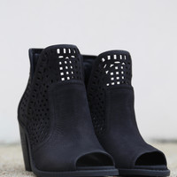 Cherrell By Jessica Simpson {Black}