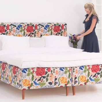 Double bed with upholstered headboard MODERN CLASSIC by Carpe Diem Beds of Sweden