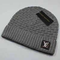 Louis Vuitton LV New fashion winter knit wool cap couple keep warm tartan hat Gray