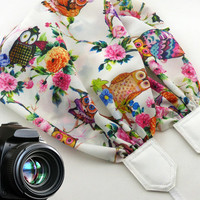 InTePro owls scarf camera strap. White DSLR / SLR Camera Strap. Elegant camera strap with flowers and birds.