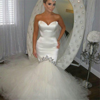 Satin Slim Fitted Body Shimmer Crystal Beading Decorated Mermaid Long Wedding Dresses 2016