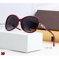 LOUIS VUITTON LV Classic Popular Men Women Chic Shades Eyeglasses Glasses Sunglasses 3# Red