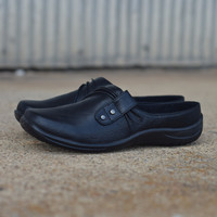 Holly by Easy Street {Black} | 40-5131