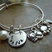 Pet Memorial bracelet Personalized Cat Memorial Bracelet Paw Expandable Hand stamped Jewelry