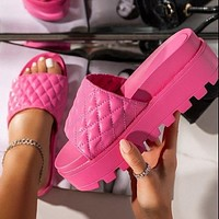 New style women's shoes fashion word platform slippers