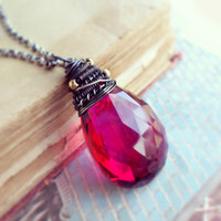 Avril Necklace with Red Topaz