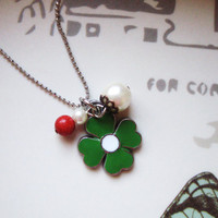 Lucky Necklace, Flower girl Jewelry, Clover pendant, Pearl Necklace,Charm jewelry, Clover necklace, kids necklace, Charm Necklace