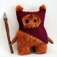Star Wars Ewok Fur Ooak .20cm. Dark Red.