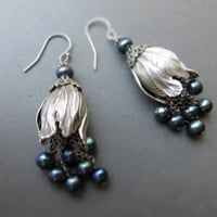 Tulip silver pearl earrings / freshwater pearls, sterling silver plated brass