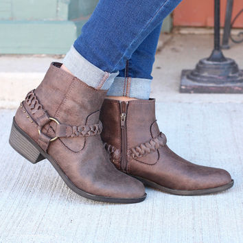 Glorious Braided Strap + Ring Bootie {Taupe}