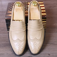 British Bullock Carved Men's Shoes Pointed Toe Dress Shoes Business Men Oxfords Shoes Fashion Popular Men Wedding Party Shoes 2A