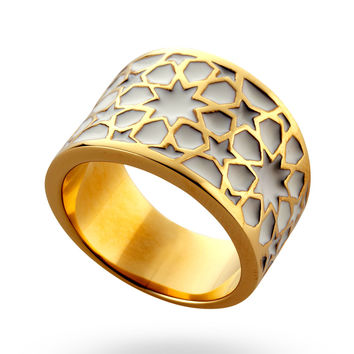 Gold & White Roundabout Ring