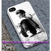 The 1975 Matt Healy Guitar Case for iPhone 6/6plus, iPhone 4/4S/5/5S/5C, iPod 4TH/5TH , Samsung Galaxy S3/S4/S5, Samsung Note 4