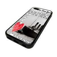 For Apple iPhone 5C 5 C Case Cover Skin Hipster New York NYC Newspaper Titanic Heart Pretty Cute Teen DESIGN BLACK RUBBER SILICONE Teen Gift Vintage Hipster Fashion Design Art Print Cell Phone Accessories