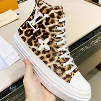 LV Louis Vuitton New fashion leopard print shoes women