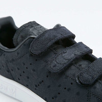 adidas Originals Stan Smith Black Velcro Trainers - Urban Outfitters