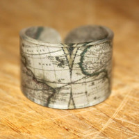 Vintage World Map Ring Choose Your Size by kaykreationsphoto