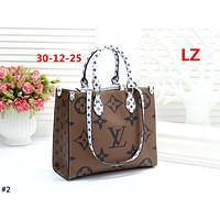 LV 2019 new women's wild large logo printing shoulder bag #2