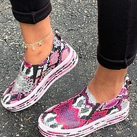 Hot Sale Women Casual Serpentine Print PU Leather Flat Shoes Sneakers