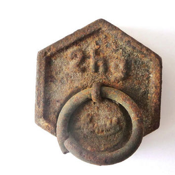 Vintage Small Weight Scale Cast Iron - Rusty Iron