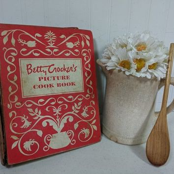Betty Crocker Picture Cook Book 5 Ring Binder Well Used Challenged Condition Hardcover Cookbook for Repurposing Journaling or Scrapbooking