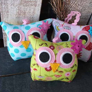 NEW Sale / 3 Owl Pillows Plush / matches Hayley by jppinkdaisy