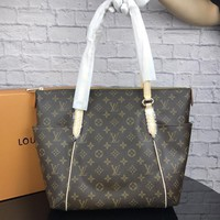 LV Tide brand high quality female shopping bag shoulder bag Messenger bag coffee print