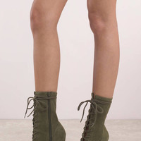Steve Madden Satisfied Lace Up Heels