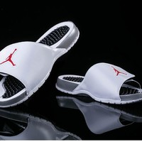 Air Jordan Hydro V Retro AJ5 Slipper - White/Gray/Red