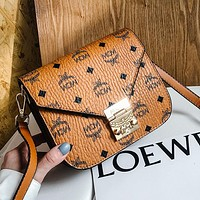 MCM Hot Sale Classic Buckle Small Tote Bag Fashion Ladies Street Style One Shoulder Messenger Bag