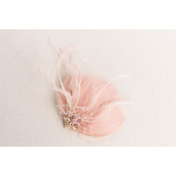 Blush feather headpiece - Style 5009