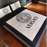 Comfortable White VERSACE 4 PC Bedding Set Conditioning Throw Blanket Quilt For Bedroom Living Rooms Sofa