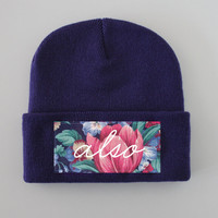 ANDCLOTHING — Vintage Floral ALSO Beanie