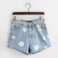 Denim Daisy Print Zippered Shorts