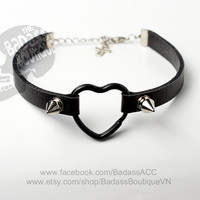 Black faux vegan leather black heart ring straps 12 mm (0.5 in) stainless steel spikes studs choker collar - sexy rock punk lolita cosplay