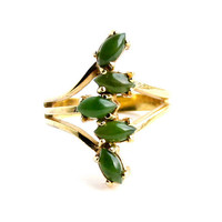 Vintage Green Stone Ring -  Size 6 Gold Tone Costume Jewelry Fashion Accessory / Stacked Marquise