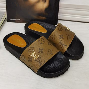 LV Louis Vuitton summer new thick-soled slippers shoes