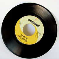 Vintage 45 Vinyl Records Gitarzan, Alley Oop, Snoopy And The Red Baron Pick One Or All For Juke Box Or Record Player