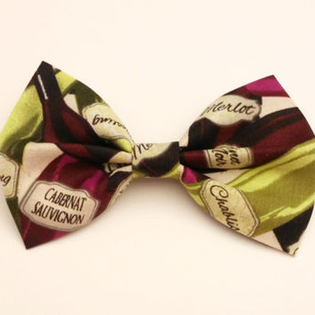 Wine Bottle Bow • Cotton Hair Bow • Wine Hair Bow •  Wine Lover Gift • Women's Gifts • Novelty Hair Bow • Women's Fashion • Novelty Gifts