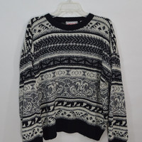 90s Oversize Sweater XL Mens Vintage Soft Grunge Black Geometric Scroll Patterned White Slouchy Striped Mens Clothing Grungy Jumper 1990s