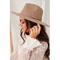 Hot Headed Wide Brim Hat (Taupe)